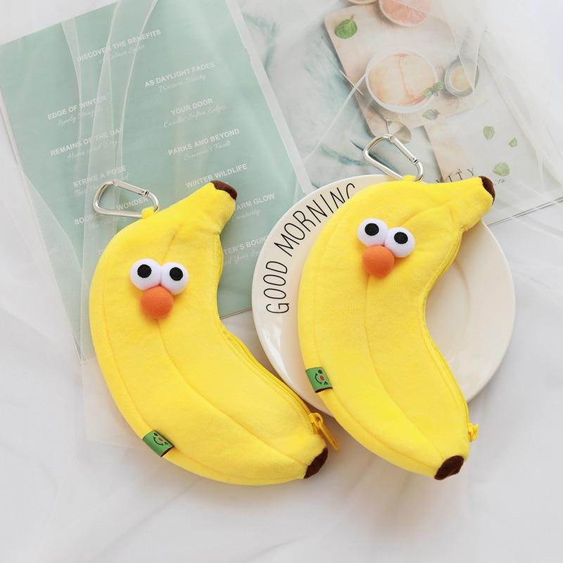 Lindo ojos grandes amarillo estuche de plátano Corea TV drama mismo cosmético bolsa de felpa fruta regalo de cumpleaños para la escuela estudiante chica