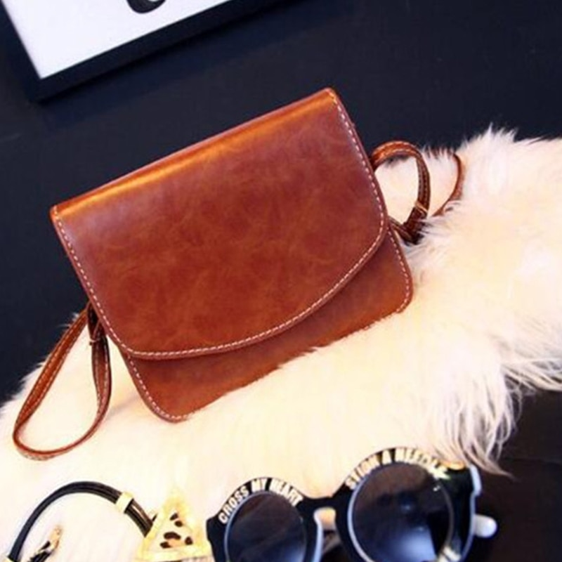 New 2019 Retro Luxury Women Handbag PU Leather Stereotypes Bag Mini Packet Shoulder Bags Buckets Hip Hop Strap Holster Desinger