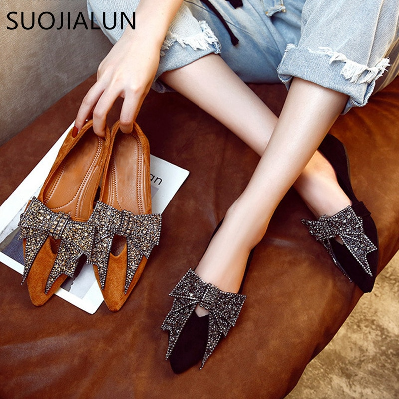 SUOJIALUN Women Flat 2019 Elegant  Fashion Women Flat Ballet Shoes Bling Crystal Bow Tie Pointed Toe Flats Shoes Lady Shiny Flat women slipper gold embroidered animal pattern women flats bow tie decor women shoes cover toe fashion chic suede autumn shoes