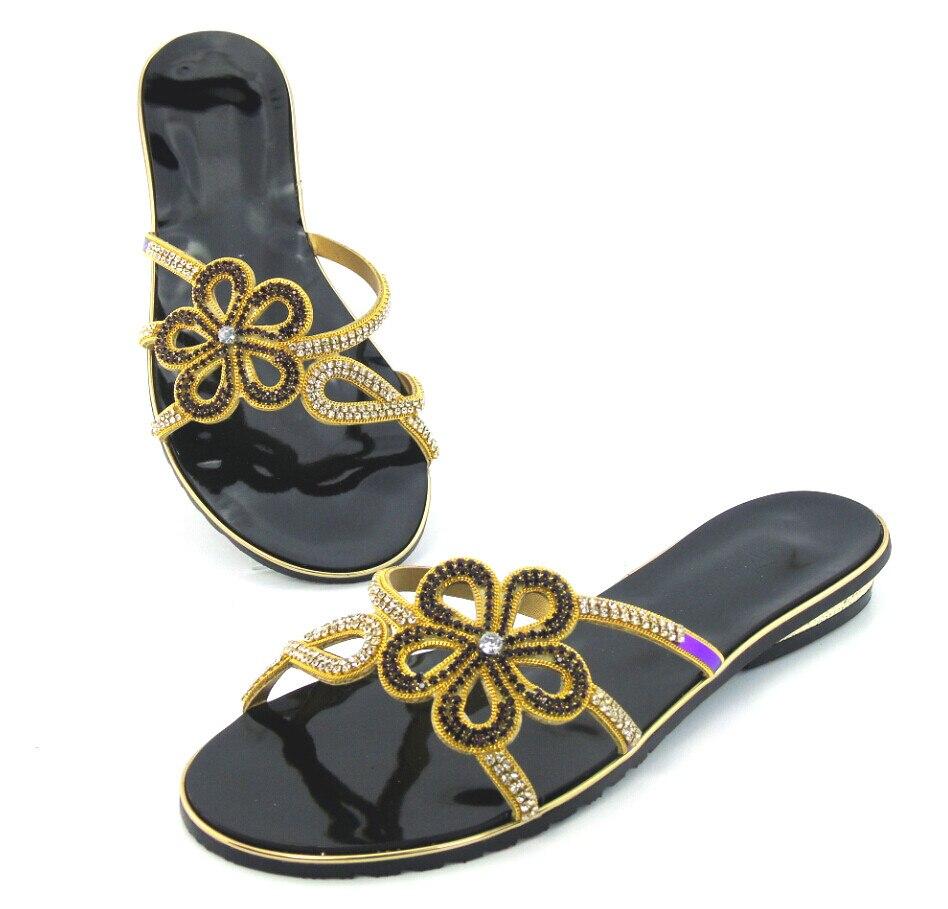 Nueva moda zapatos de mujer con flores de diamantes de imitación, sandalias de estilo africano, zapatos de verano con tacón bajo, zapatillas, tallas 37-43