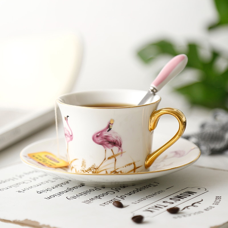 Delicado rosa flamingo elemento cerâmica xícara de café requintado delicado borda de ouro tarde chá