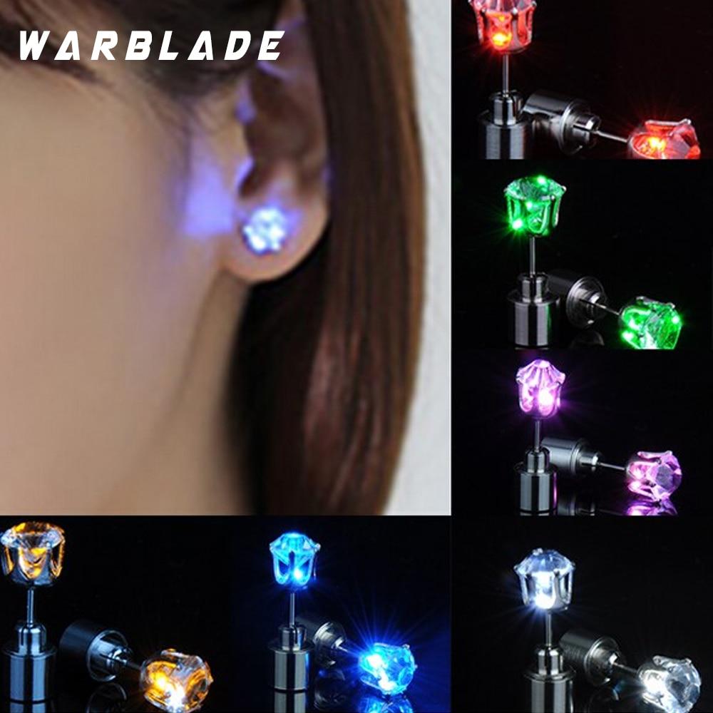 10 par/lote de pendientes de tachuela LED con encanto ilumina la flor de ciruela estrella redonda brillante de cristal inoxidable pendientes lindos de la joyería para las mujeres