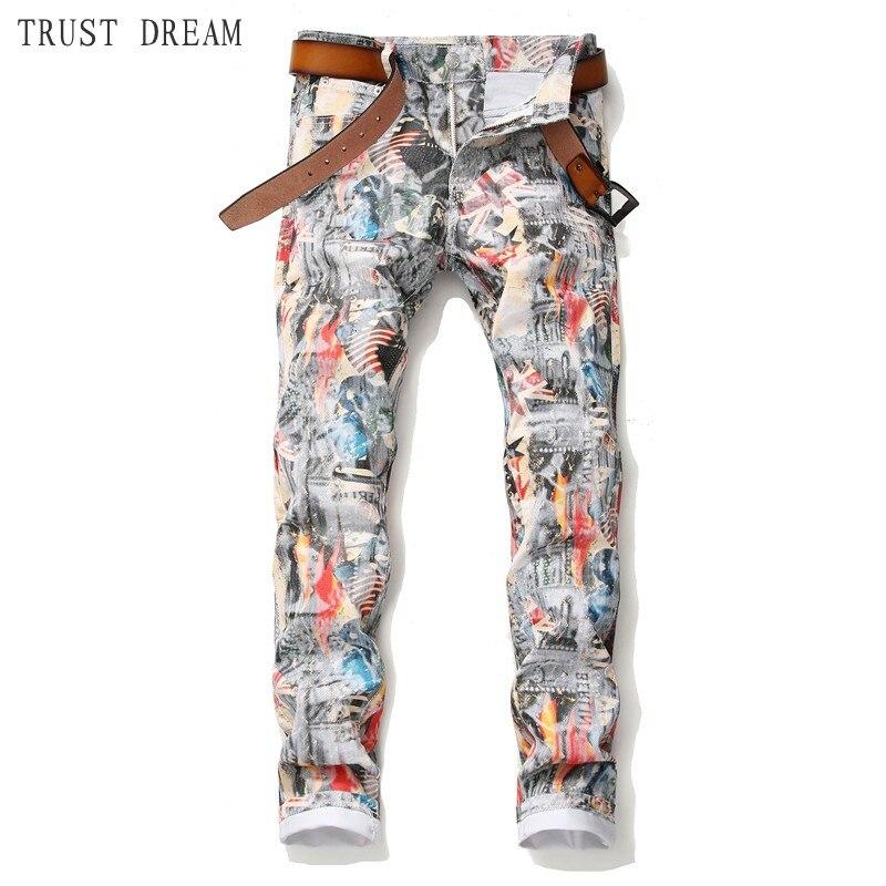 Primavera verão 2019 novos homens imprimir jeans fino homem enérgico calças florais bonito streetwear clube calças de brim pessoais fotos reais