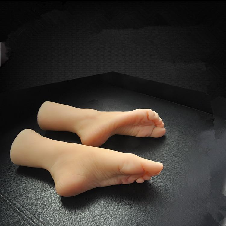 Mori niña de 8 años, pie de silicona modelo de pie, foto de la tienda medias de seda, modelo de pie de belleza muñeca sexual de silicona