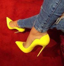 Moraima Snc/пикантные туфли на высоком каблуке с острым носком; Цвет желтый; Туфли-лодочки из лакированной кожи на очень высоком тонком каблуке-ш...