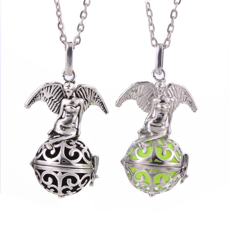 Beauty Angel Perfume Locket Pendant Necklace Aromatherapy Essential Oil Diffuser Pendant Music Ball
