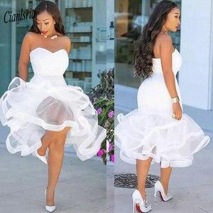 Женское вечернее платье без рукавов, белое короткое платье с оборками в несколько рядов, длиной ниже колена, официальное платье для вечерин...