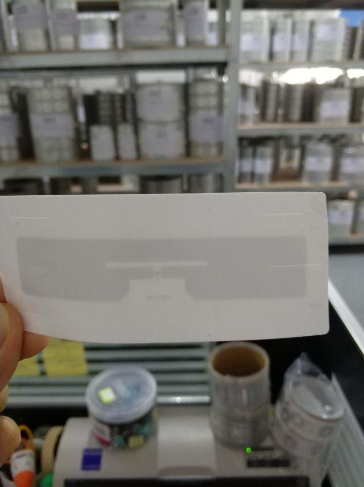 100 pcs Brisa UHF RFID Tag Adesivo para Carro Estacionamento RFID UHF Etiqueta Tamanho Da Etiqueta 110*45mm ISO/IEC 18000-6C EPC Class1 Gen2