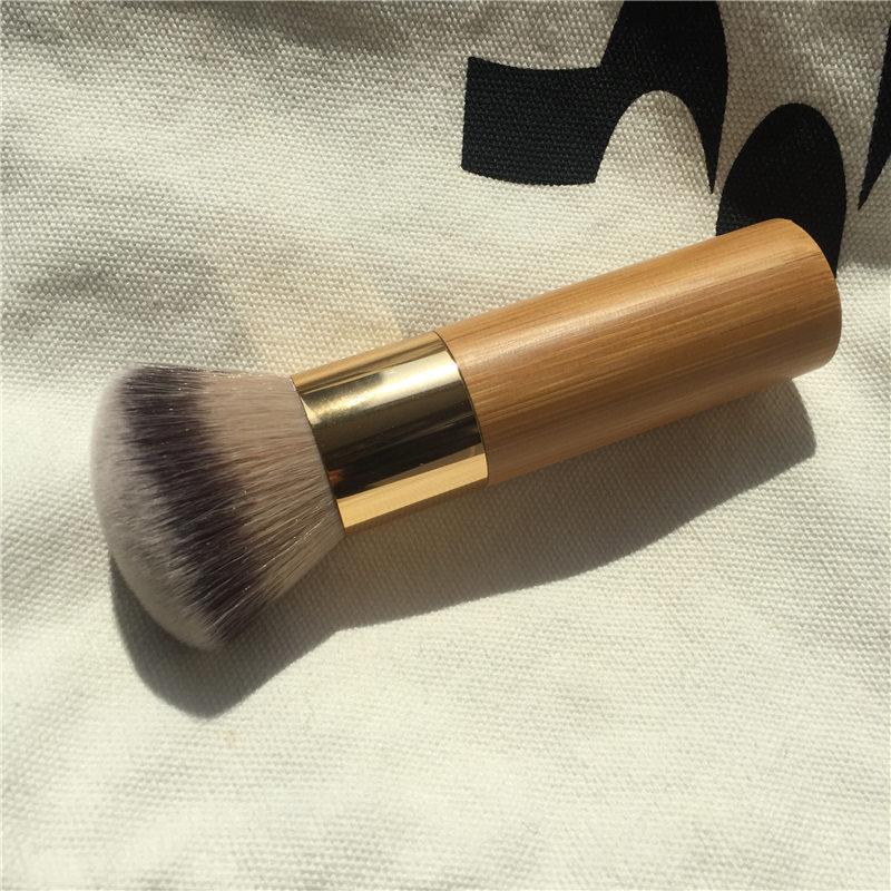 The buffer airbrush finish bamboo foundation brush - Dense Soft Synthetic Hair - Beauty Makeup Blender Applicator
