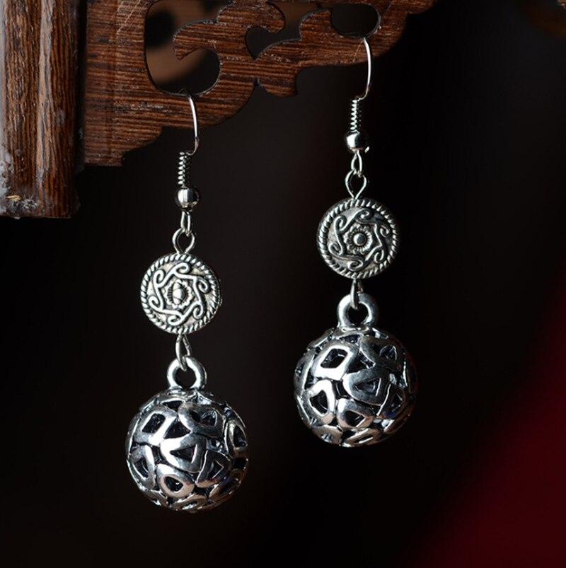 Stilvolle Ethnische Silber Ohrringe Traditionelle Chinesische Miao Silber Herbst Boho Stil Bali Chic Glück Bobble Brautohrring