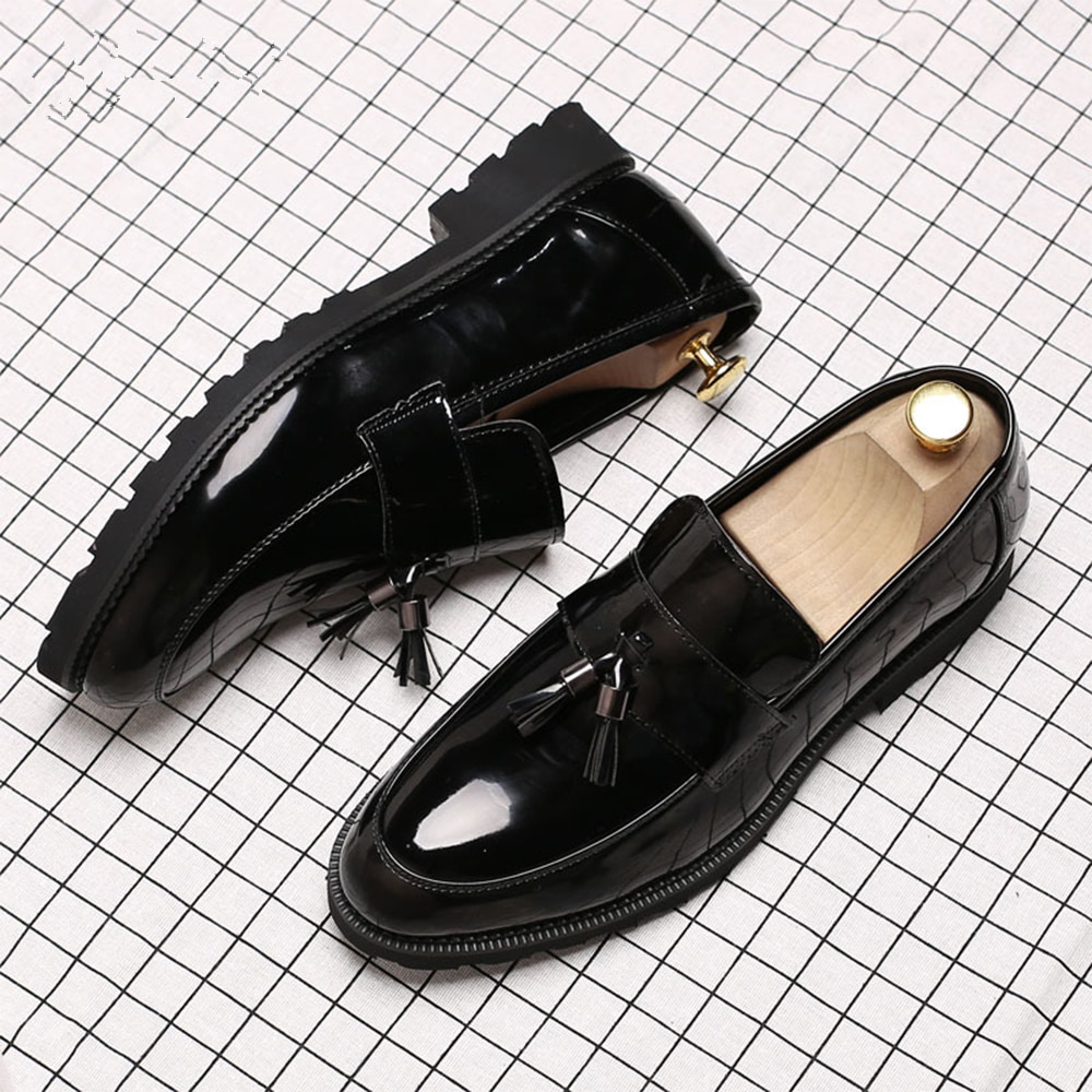 LAISUMK Classic Black Patent Leather Wedding Shoes Mens Wingtip Slip-On Loafers Tassel Fringe Formal Dress