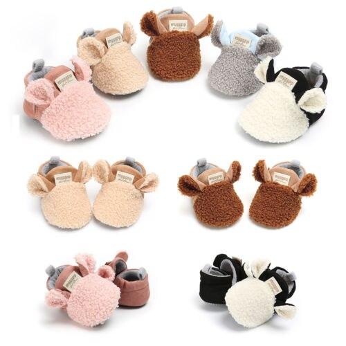 Zapatos bonitos para bebés recién nacidos y niñas, zapatos modernos para gatear, pantuflas de oveja, primeros andadores, entrenadores, cuna bebé calzado