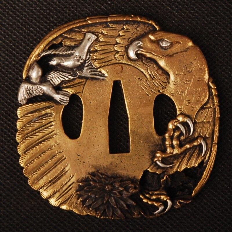 Accesorio de espada de alta calidad dorado y plateado Tsuba protector de mano para samurái japonés Katana o Wakizashi bonito artesanía de Metal GD028