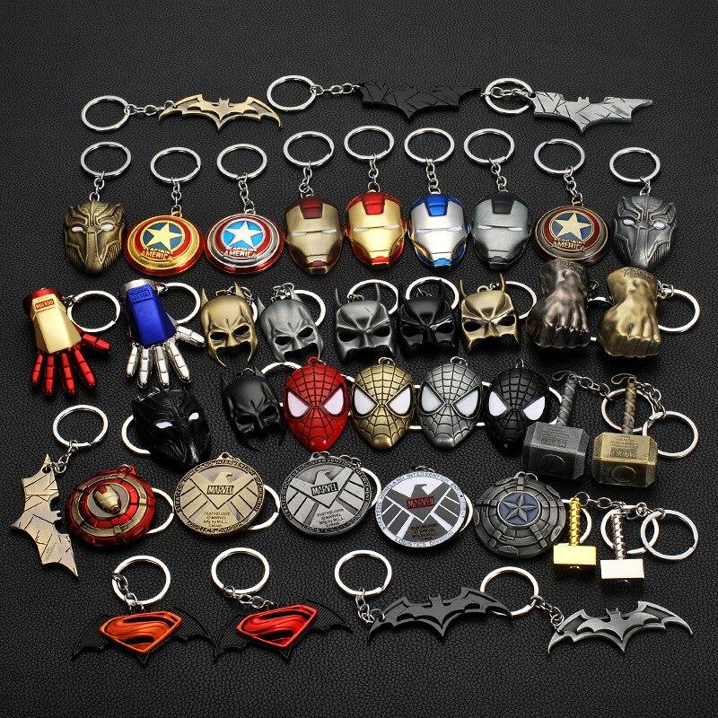 The Avengers Captain America Venom Spiderman Keychain Toy Batman Superhero Iron Man Marvel jewelry Metal Pendant Keychains