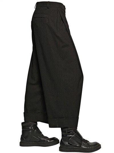 Pantalones casuales de pierna ancha de tres dimensiones para hombres, pantalones sueltos enrolladas dobladillo grande, pantalones casuales, pantalones de club nocturno de estilista, novedad 2020