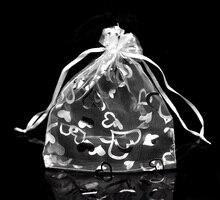 "DoreenBeads Organza Organza Jewelry Bags Drawable Rectangle White Heart Pattern 16cm x13cm(6 2/8"" x5 1/8""), 3 PCs"