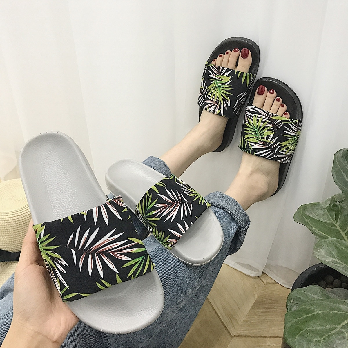 Zapatillas de verano antideslizantes con motivos florales para mujer, gran oferta, Chanclas de playa para mujer, zapatillas de mujer para interior, triangulación de envíos