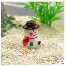 Livraison gratuite! Mini bonhomme de neige en résine de noël. Zakka épicerie modèle de noël cabine manuelle produit accessoires matériel de bricolage