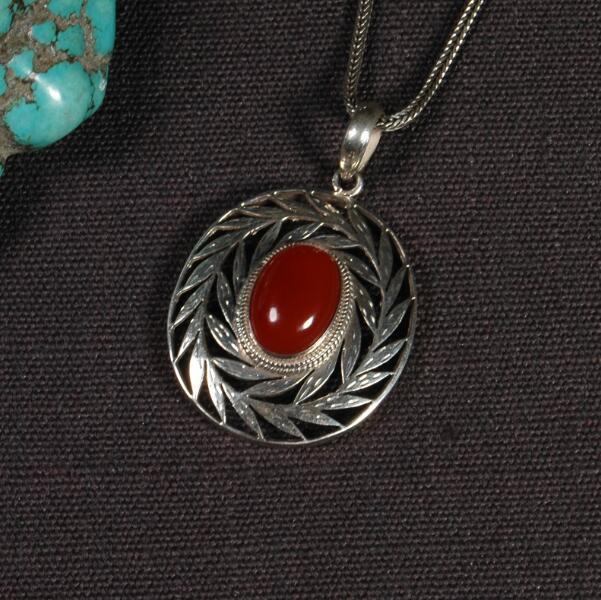 Handmade 925 Silver Nepalese Good Luck Pendant Necklace Tibetan Lucky Pendant Necklace Bohemia Jewelry