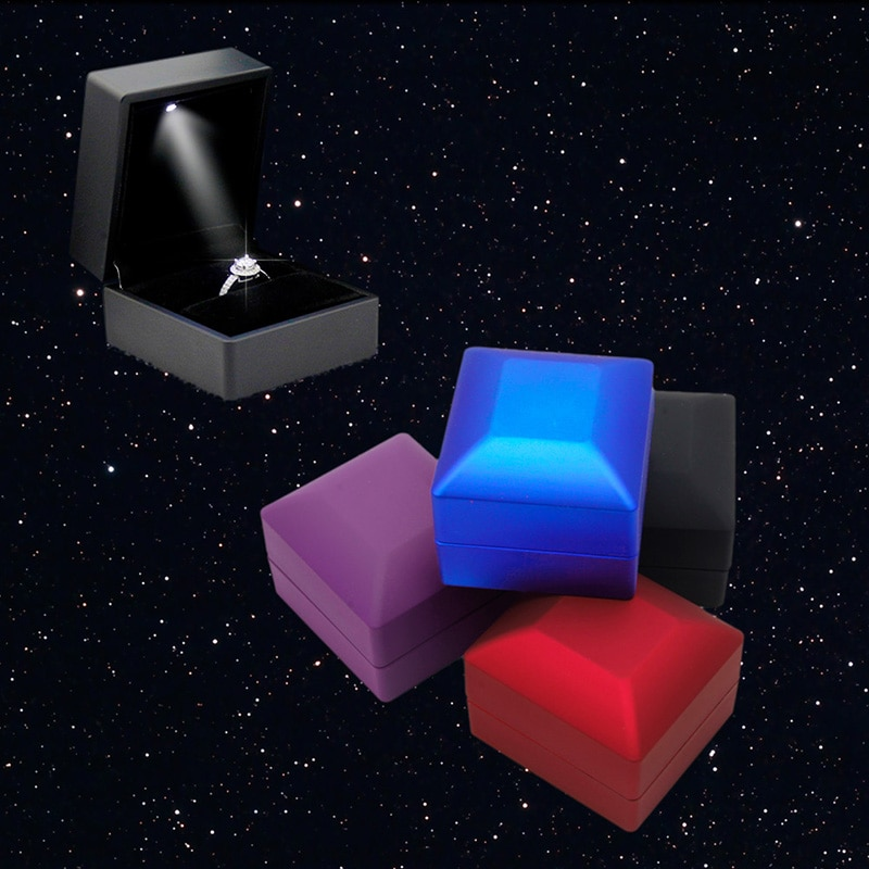 Deluxe LED iluminado pendiente anillo caja regalo boda compromiso anillo joyería Display nuevo