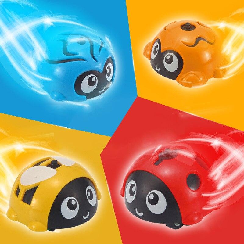 1 Uds multifuncional 2 en 1 Spinning Top luchando Gyro juego modelo clásico Gyro fundición Ppull coche de juguete para los niños