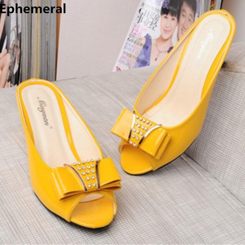 Zapatillas Peep Toe Slides tacones altos arco de punta de diamante de imitación Meed talón suave charol zapatos de verano negro blanco de talla grande