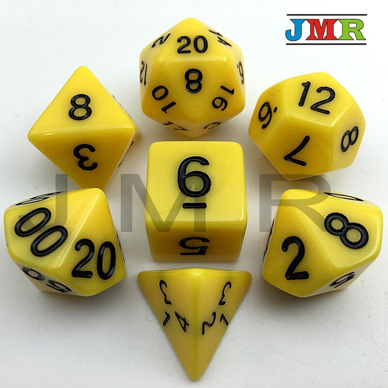 Venda quente de alta qualidade cor amarela 7 pc/lote conjunto de dados opacos d4, d6, d8, d10, d10 %, d12, d20 portátil conjunto dados dnd rpg jogo mesa