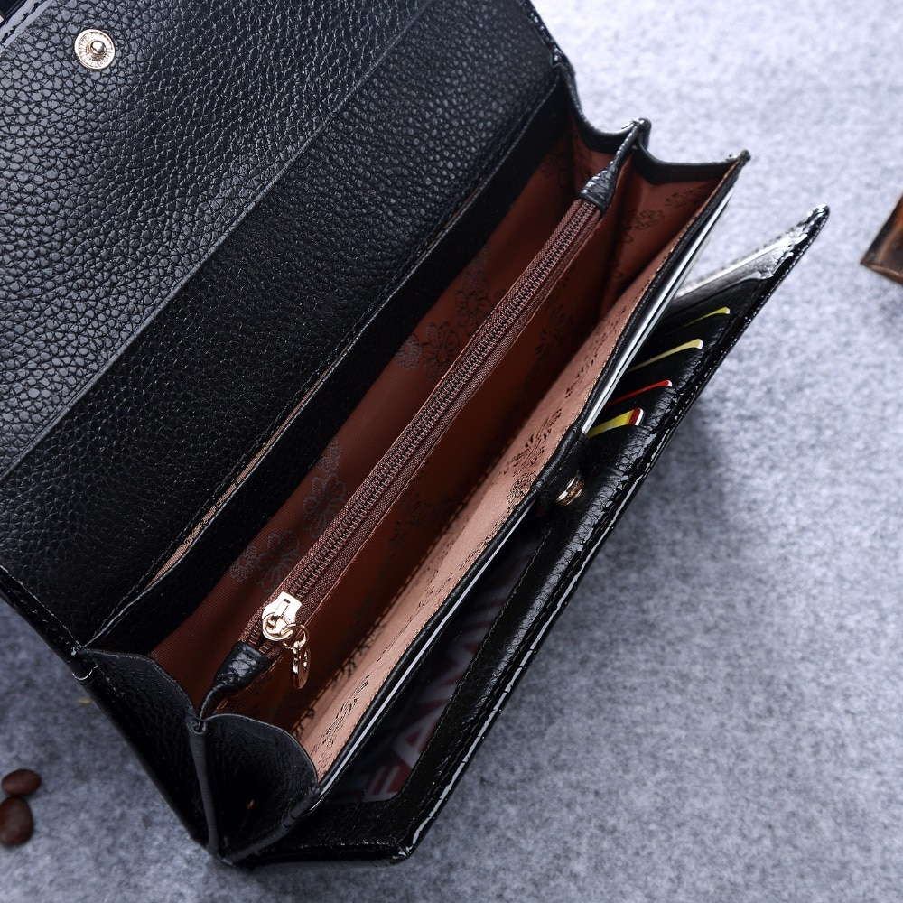 Купить с кэшбэком KEVIN YUN Luxury Fashion Women Wallets Long Patent Leather Wallet Purse Lady Clutch Serpentine
