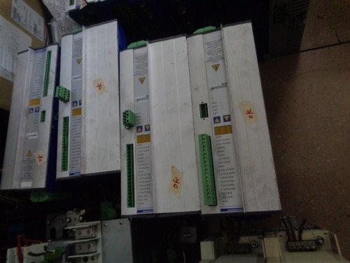 Servo pack S61400 14A ، منتج مستخدم ، مظهر جديد 90% ، ضمان 3 أشهر ، شحن سريع