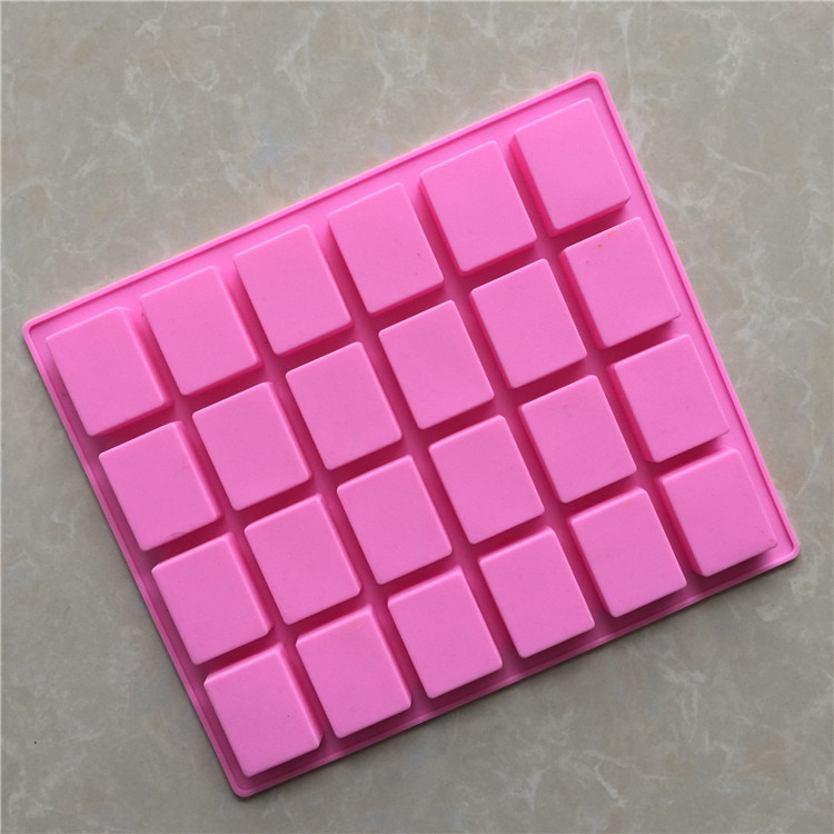 Punto al por mayor 24 molde cuadrado pequeño de silicona para pastel de Chocolate XG654