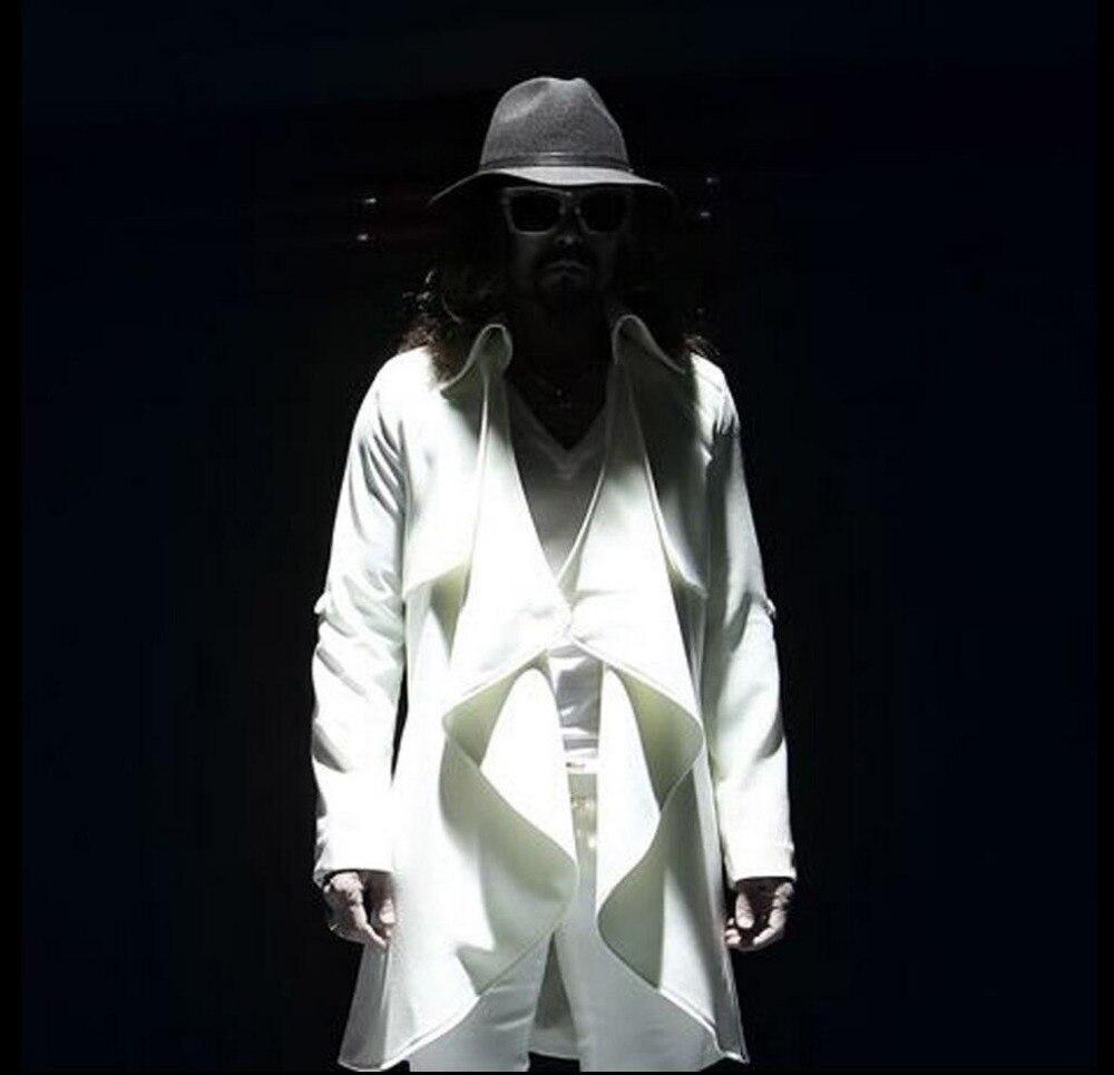 جديد لخريف 2021 ملابس ثلاثية الألوان للرجال معطف طويل شخصية غير منتظمة فضفاضة عباءة معطف ثوب المغني ازياء المرحلة المد خندق