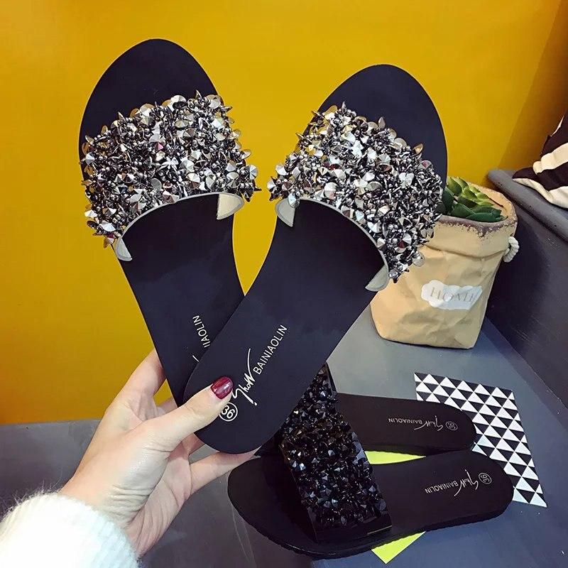 Zapatos de verano Mujer remache brillo de plataforma de sandalias de mujer Bling solapa ostentosa sandalias negro/plata zapatillas de playa