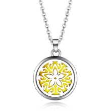 Beautiful Flower Aroma Box Pendant Necklace Magnetic Aromatherapy Essential Oil Diffuser Perfume Box