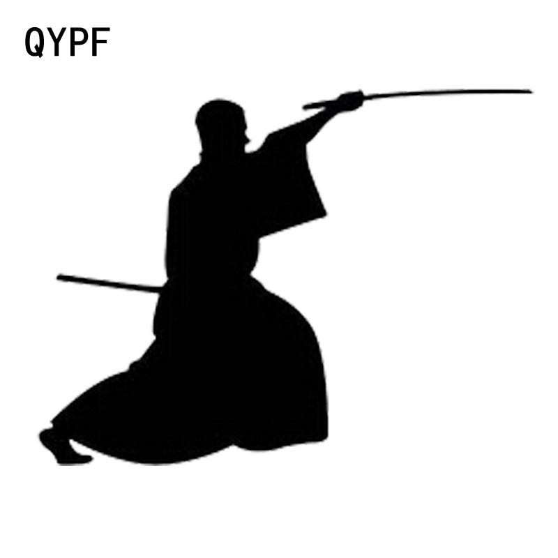 Qypf 14 Cm * 10.8 Cm Creatieve Mode Japanse Samurai Vinyl Sport Auto Stickers S2-0176
