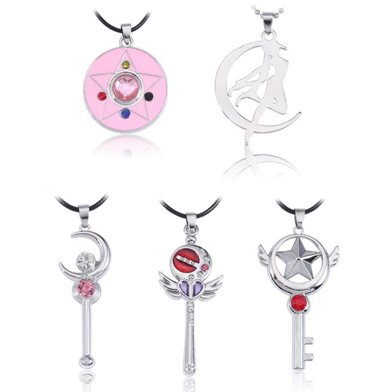 5 diferentes estilos collar de Sailor Moon de estrella de pentagrama de cristal alas de Luna collares mujeres Anime Cosplay joyería Collier