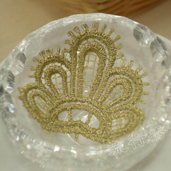 20 piezas suministros de Costura elegantes con corona bordada parche de adorno de encaje dorado Costura adorno para la cabeza apliques de ropa Broderie A Coudre