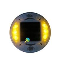 LEDภูมิทัศน์ที่มีคุณภาพสูงที่อยู่อาศัยพลาสติกเหลืองledกระพริบพลังงานแสงอาทิตย์ถนนสตั๊ด