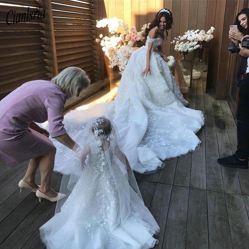 فستان زفاف من الدانتيل ، نمط الأزهار الرومانسية ، ثوب الكرة ، ثوب الزفاف الفاخر ، ذيل الكاتدرائية ، أكمام الغطاء ، مثير ، 2020
