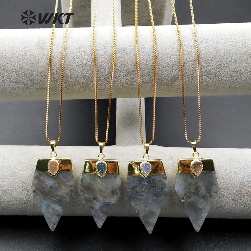 WT-N970 Wholesale Fashion Jewelry Natural Labradorite With Druzy Charm Necklace Beautiful Engraved Shield Necklace Jewelry