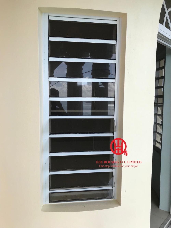 알루미늄 안전한 유리 louvered 창, 부드럽게 한 유리를 가진 안전 유리 louver 창