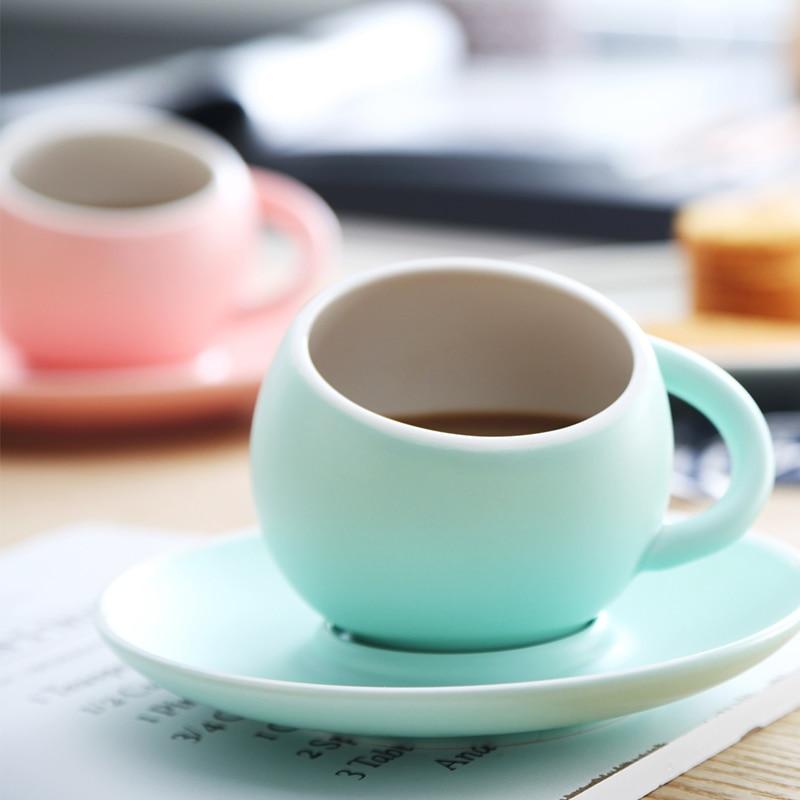 Creative חלבית מט כדורי כדור לאטה קפה ספל סט עם מגש צלחת אחר הצהריים תה כוס קפוצ ינו אספרסו כוס 230ml
