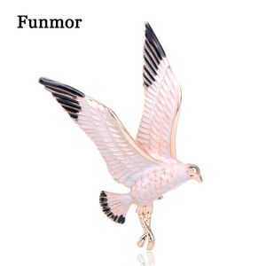 FUNMOR Lifelike Seagull Birds Brooches Gold Color Enamel Bird Animal Lapel Pin Corsage Women Men Holiday Blouse Decoration