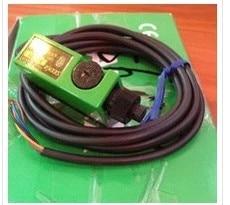 FREE SHIPPING %100 NEW F1RM-PN F5RN-PNP Optical fiber amplifier sensor