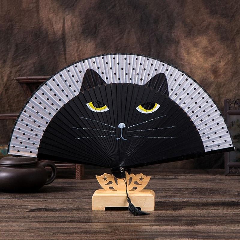 Ventilador de mano de seda gato de dibujos animados ventilador plegable portátil Kawaii Totoro plegado manual ventilador plegable s para boda fiesta de Navidad regalos para niñas