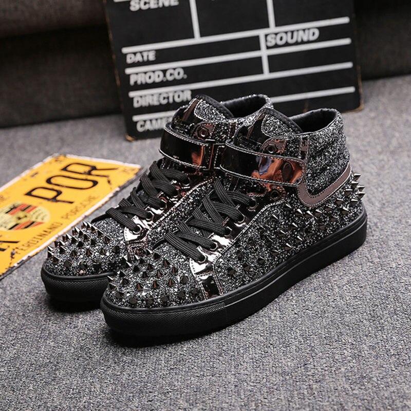 Marca de Couro Tênis ao ar Preto Prata Rebites Sapatos Masculinos Alta-topo Moda Spike Livre Apartamentos Casuais Chaussure Homme