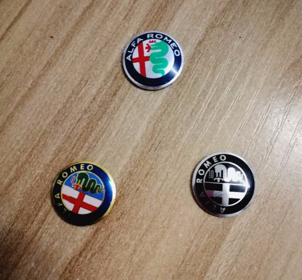 2X 15mm Oro Verde Negro ALFA ROMEO coche Logo llavero emblema insignia pegatina para Mito 147 156 159 166 Giulietta Spider GT Brera