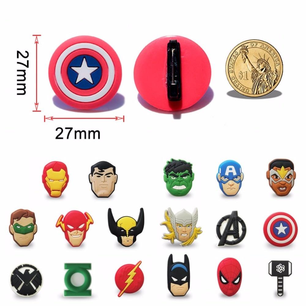 8-10 stücke Marvel Avengers Hulk Superman PVC Cartoon Icon Brosche Taste Abzeichen Mini Pins Taste Abzeichen Rucksack Kleidung hut Decor