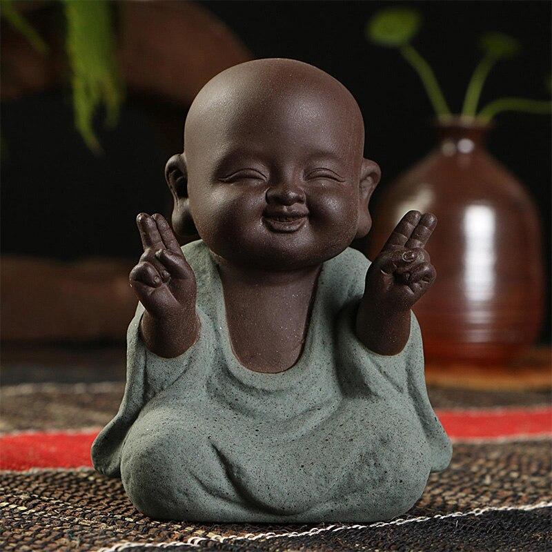 Estatuas de Buda pequeño monje color arena cerámica artesanía escultura de estatuilla Fengshui arenisca decoración de la Oficina del hogar