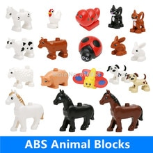 Détail grands blocs pièces pâturage animaux vache chien lapin mouton chat cochon cheval papillon jouets éducatifs compatibles