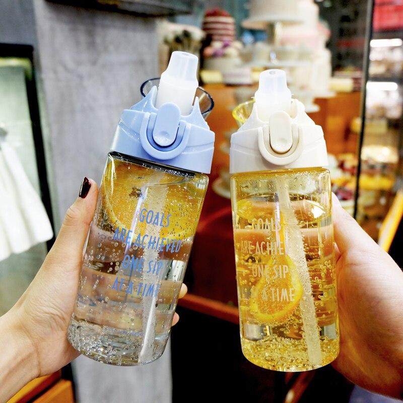 Botellas de agua deportivas portátiles a prueba de fugas para viajes al aire libre, tazas creativas de paja de plástico con capacidad, tazas duraderas resistentes al calor